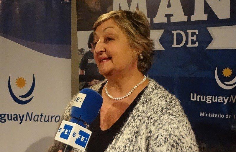 Para la ministra de Turismo es 'una extraordinaria noticia' que se decida seguir adelante con el Antel Arena.