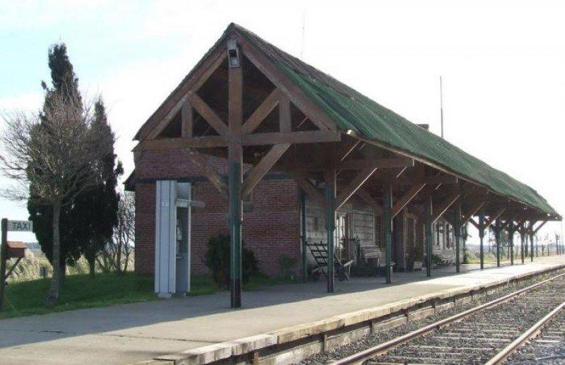 Se reactiva el tren turístico entre Constitución y Pinamar