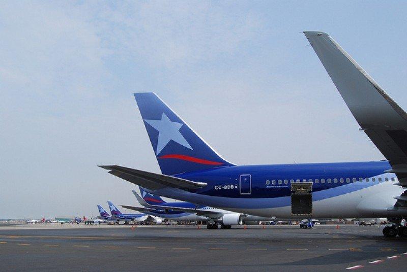 LATAM Airlines competirá con Avianca en la ruta Montevideo-Lima