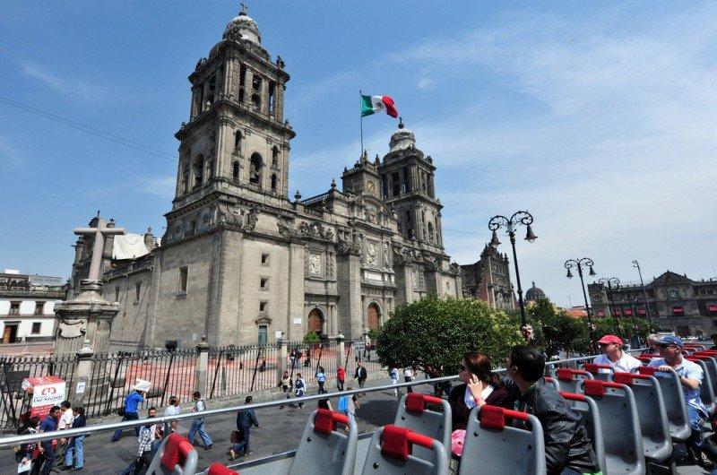 México recibió en cinco meses 13 millones de turistas y 23 millones de excursionistas. #shu#/ ChameleonsEye