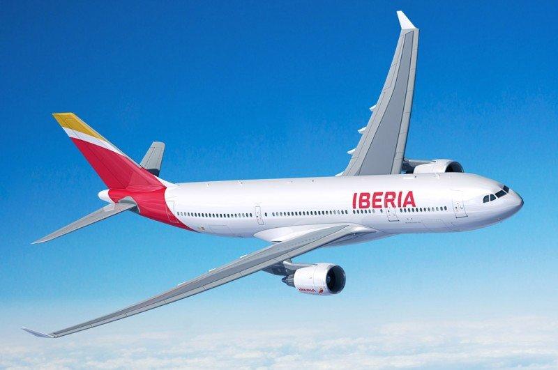 El primer Airbus A330-200 que Iberia reciba de fábrica será afectado a la ruta Madrid-Montevideo, afirmaron los responsables de la aerolínea.