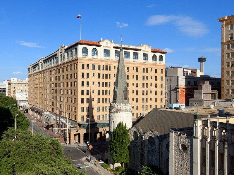 Starwood e InterContinental podrían fusionarse para crear el mayor grupo hotelero del mundo