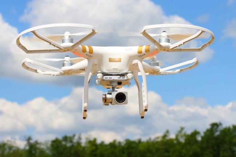 Prohibido el uso de drones sobre playas, conciertos y procesiones. #shu#