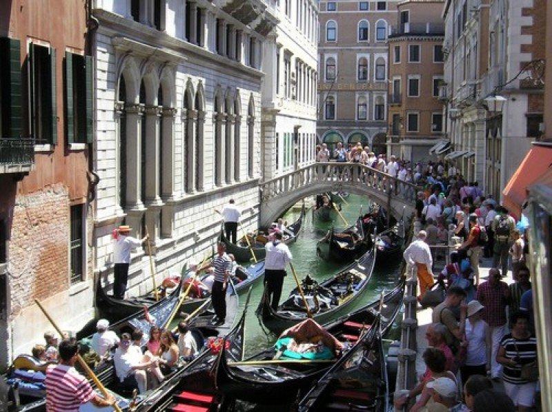 Aglomeraciones en Venecia.