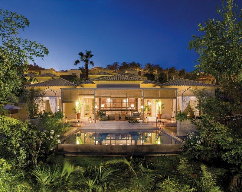 El Grupo CIO con el Gran Hotel Bahía del Duque desarrolla un plan de acciones muy elaborado.