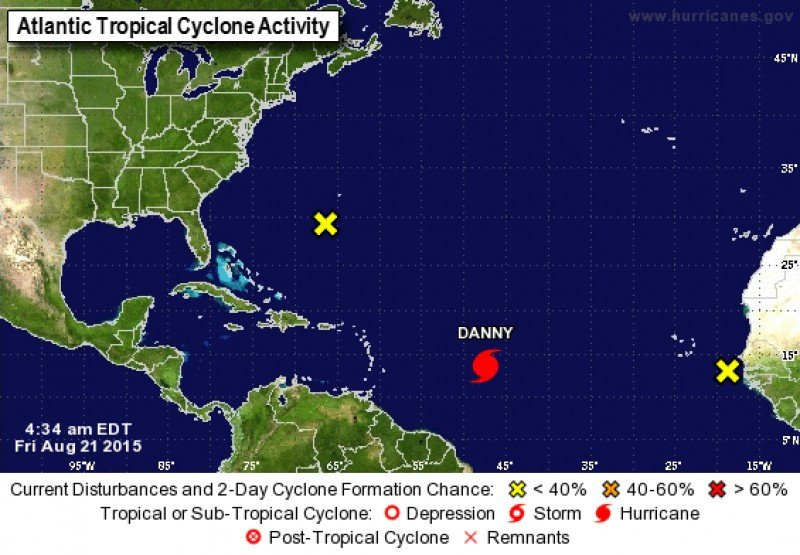 Situación del huracán Danny en el Atlántico, el 21 de agosto. Imagen: National Hurricane Cencer. CLICK PARA AMPLIAR IMAGEN