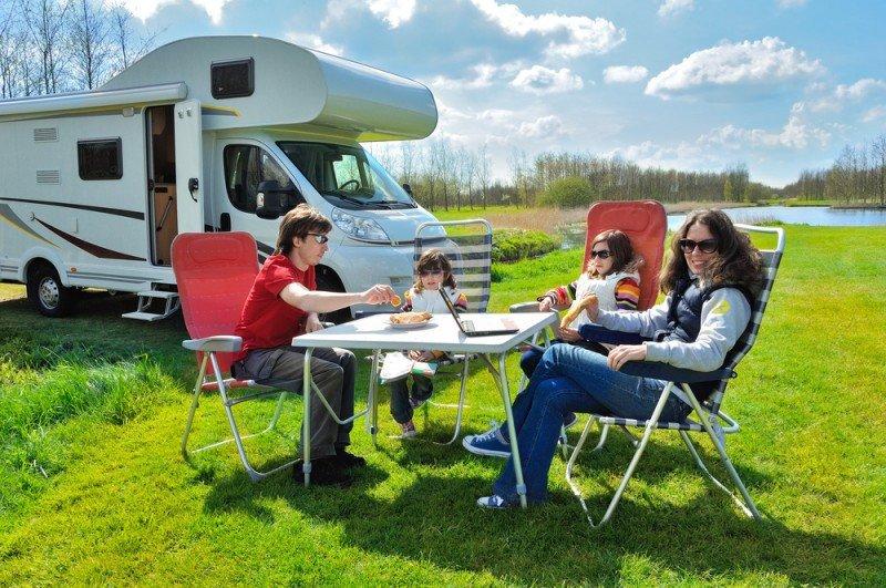 Las familias son un segmento muy asiduo en el alquiler tanto de caravanas como de autocaravanas. #shu#