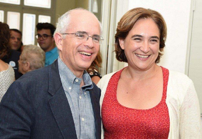 Anthony Shorris, primer teniente de alcaldía de Nueva York, con la alcaldesa de Barcelona, Ada Colau