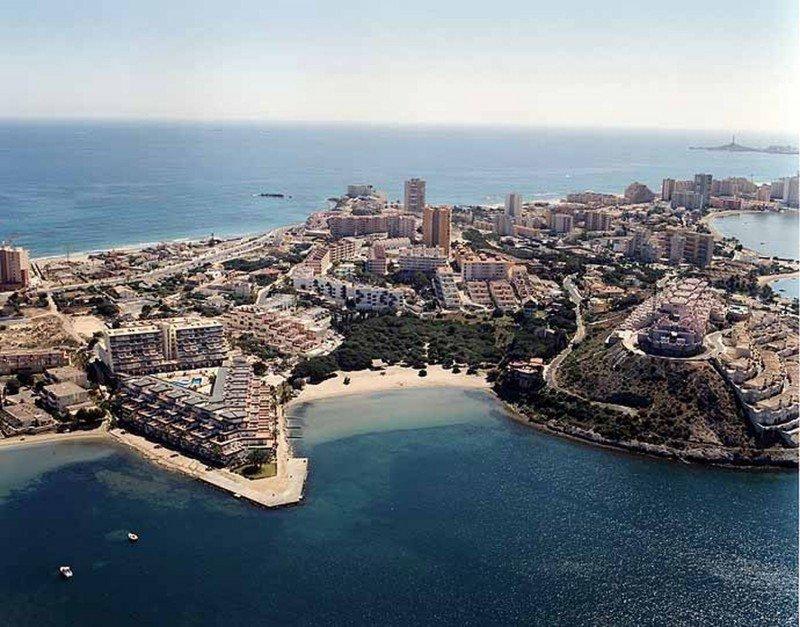Cartagena quiere convertirse en puerto base de cruceros