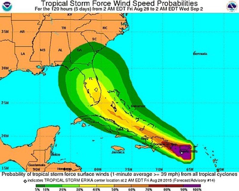 CLICK PARA AMPLIAR IMAGEN. Gráfico: National Hurricane Center.