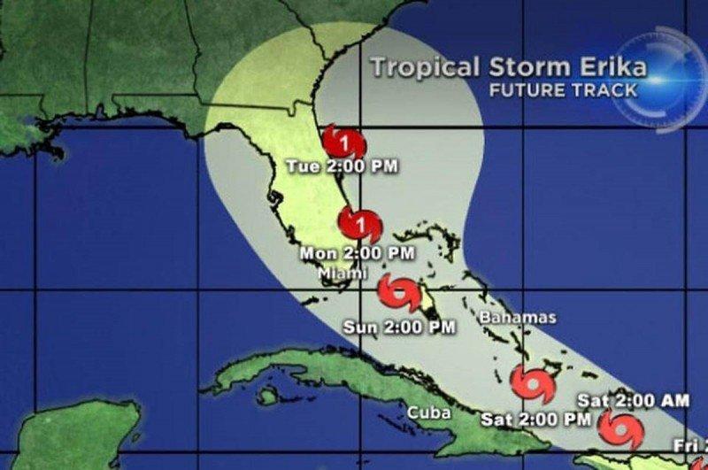 Aerolíneas suspenden vuelos en República Dominicana por la llegada del Erika
