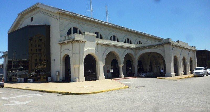 Terminal de pasajeros del Puerto de Montevideo.