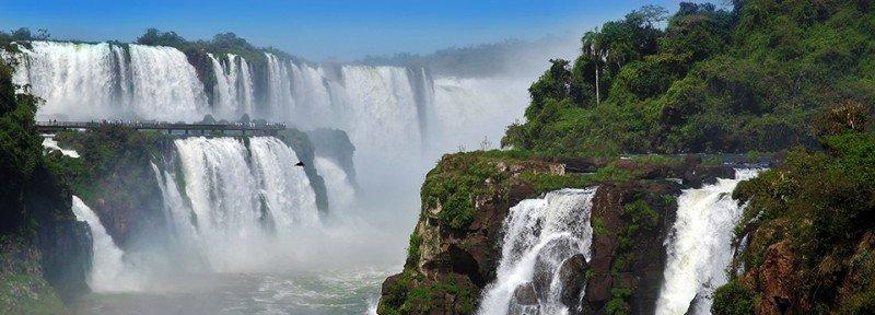 Hasta julio las Cataratas del Iguazú recibieron 831.000 turistas.