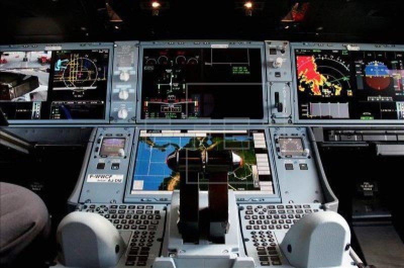 Imagen de EFE de la cabina del aparato.