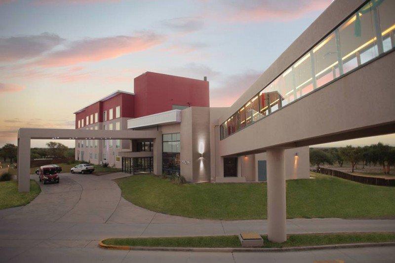 EPIC Hotel San Luis.