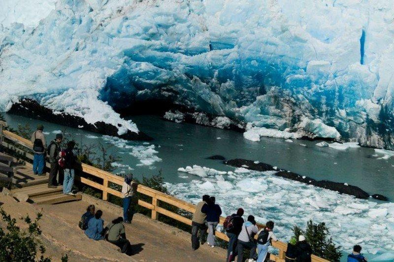 En el primer semestre entraron 3 millones de extranjeros y viajaron al exterior 4,3 millones de argentinos.