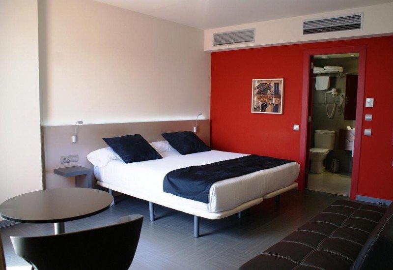 El nuevo Leonardo Boutique Hotel Barcelona Sagrada Familia dispone de 59 habitaciones y una terraza panorámica.