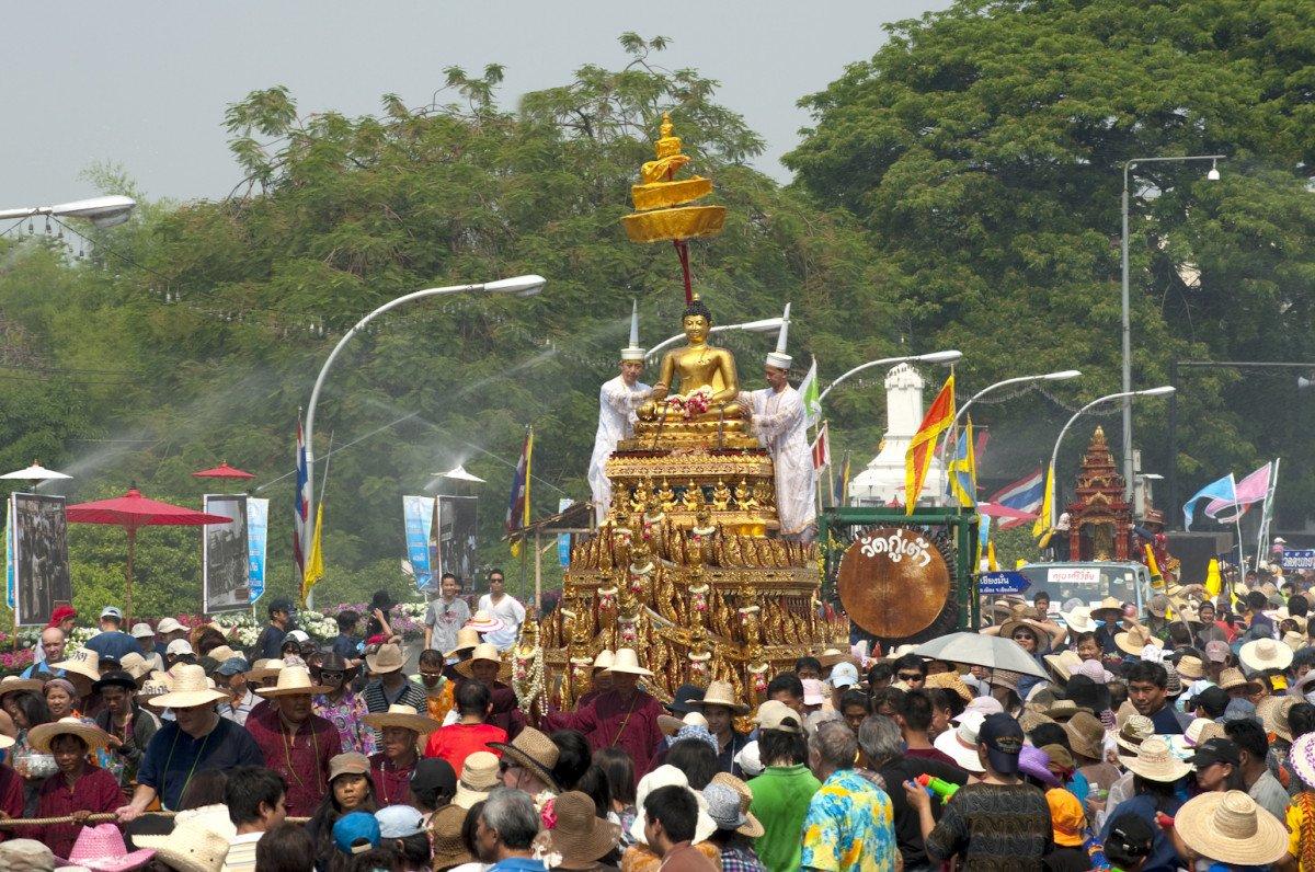 En 2014, 116.414 visitantes españoles viajaron a Tailandia.