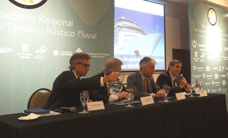Marco Ferraz, presidente de CLIA Brasil, ilustró sobre la situación regional.