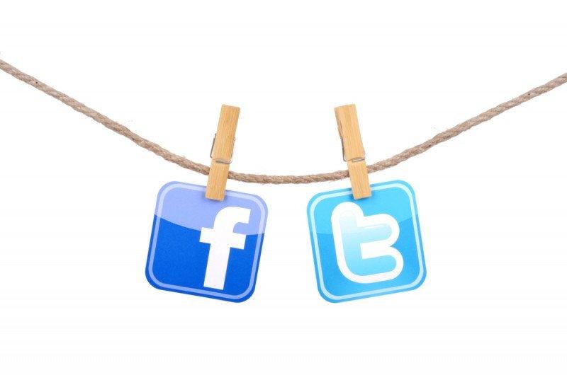 Las cadenas consultadas coinciden en destacar en Facebook y Twitter el lado humano de su actividad. tanuha2001 / #shu#.