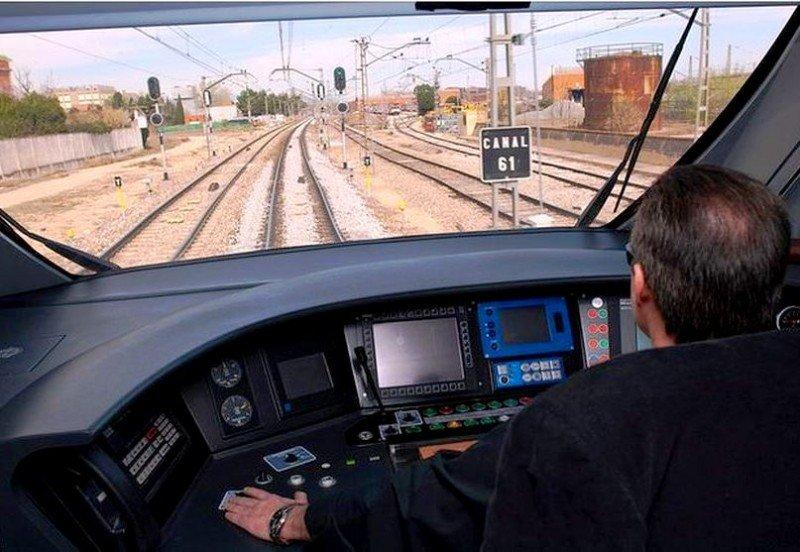 Desconvocan la huelga de maquinistas en Renfe
