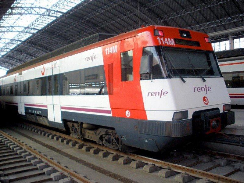 El choque de un tren de Cercanías en Bilbao deja 27 heridos