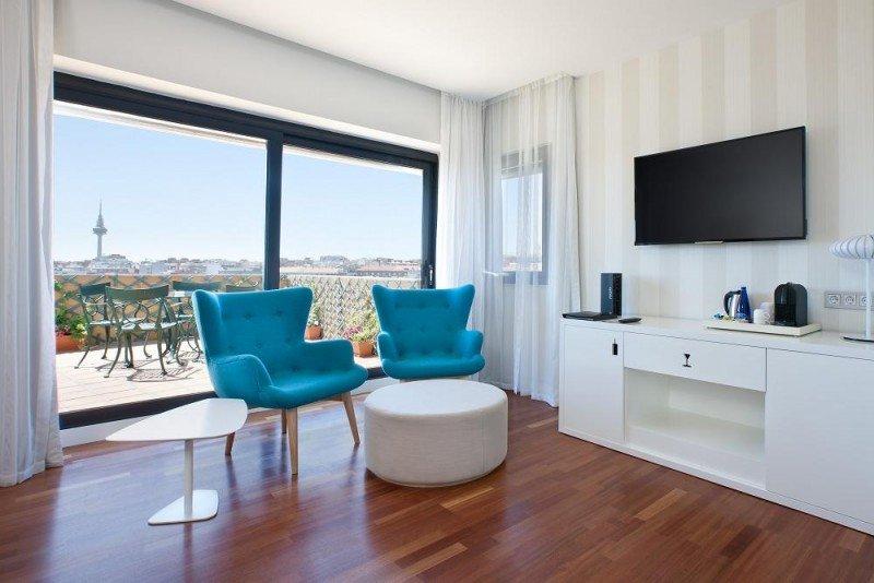El NH Ventas cuenta con 199 habitaciones, además de con 1.500 metros cuadrados de salones para reuniones y eventos.