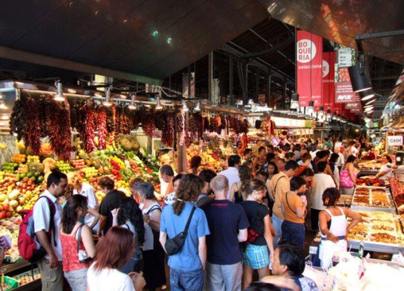 El mercado de la Boqueria se ha convertido en una atracción turística más de Barcelona. #shu#