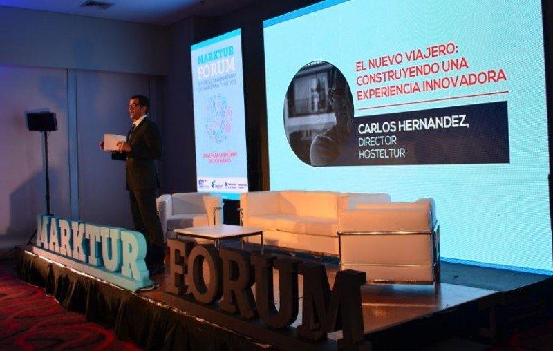 Carlos Hernández, gerente de HOSTELTUR, abrió el Marktur Forum 2015 en Buenos Aires.