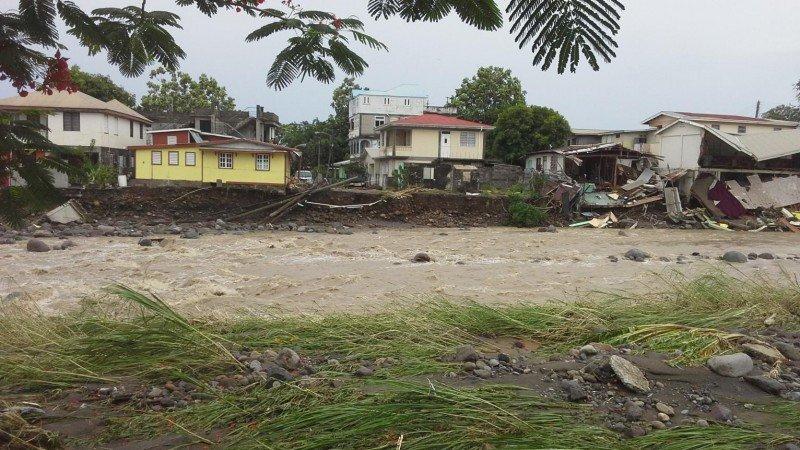 La infraestructura de la isla sufrió graves daños.