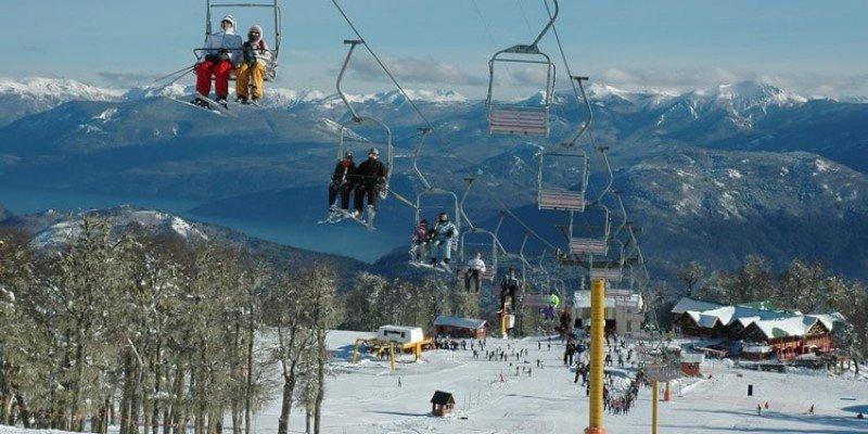 Cerro Chapelco ofrecerá descuentos en pases, clases y equipos.
