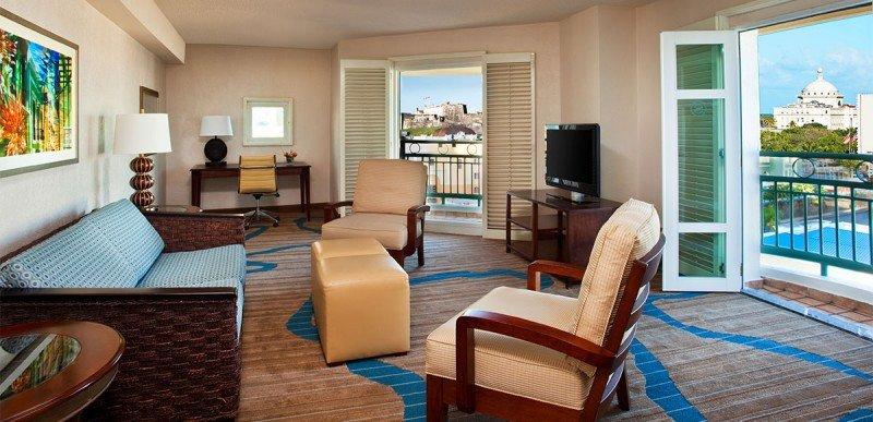 Hotel Sheraton del Viejo San Juan vendido a Tishman Hotel Corporation.