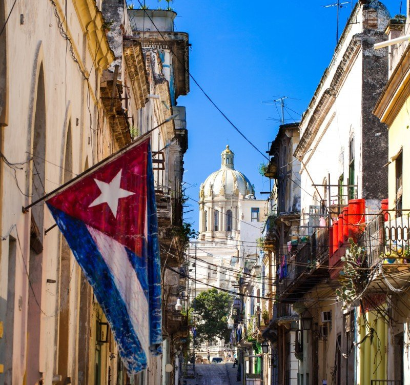 Se esperan 1,5 millones de estadounidenses anuales en Cuba si se acaban las restricciones. #shu#.