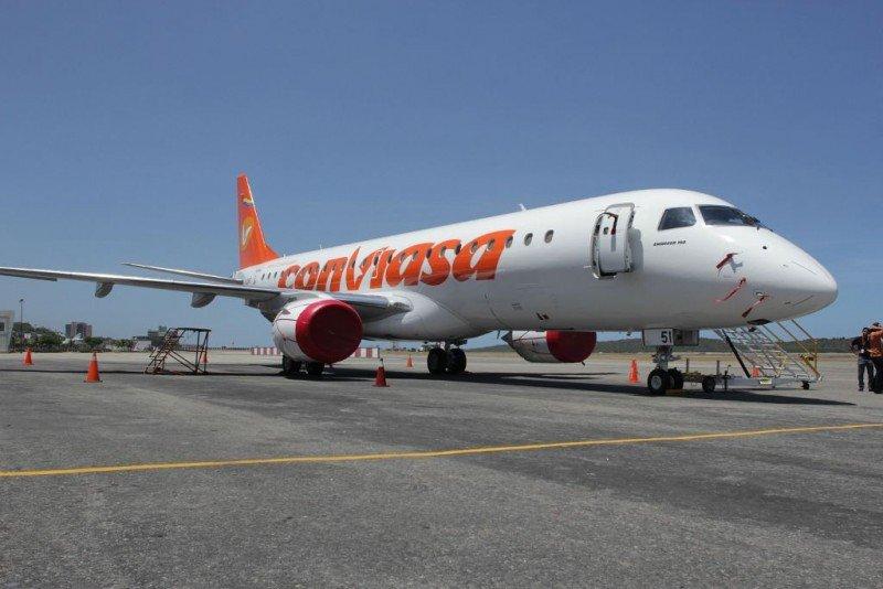 La aerolínea estatal venezoalana Conviasa suspende sus vuelos a España y Argentina