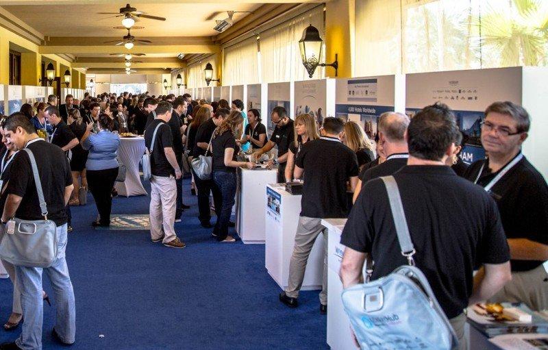Asistentes al tradeshow celebrado en el marco del MarketHub de Hotelbeds en Los Cabos.