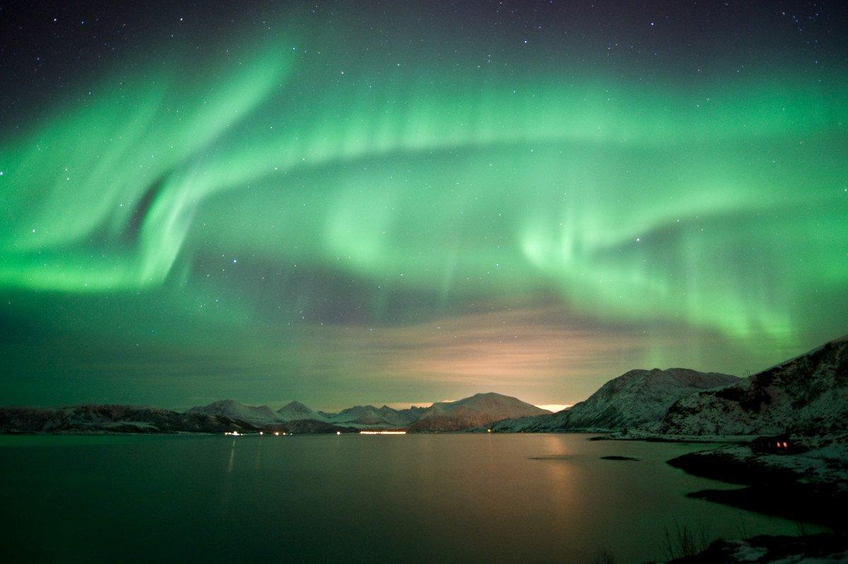 La aurora boreal es uno de los fenómenos naturales más buscados por los españoles en Noruega. #shu#
