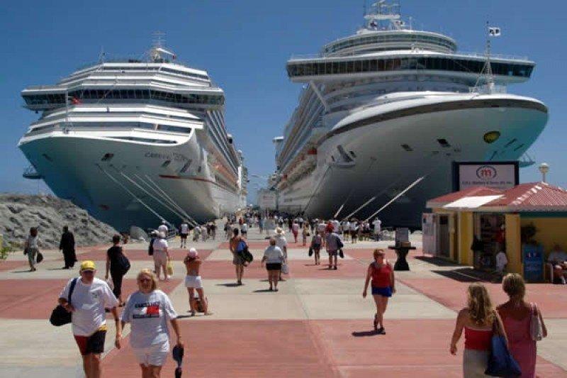 El número de cruceristas fue de 23,6 millones.