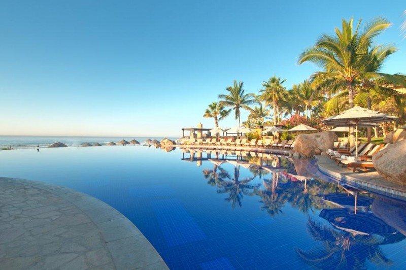 Una de las piscinas del Grand Fiesta Americana Los Cabos, del Grupo Posadas.