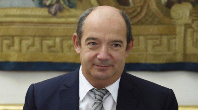 Air France ficha a Gilles Gateau, asesor del primer ministro francés como director de RRHH.