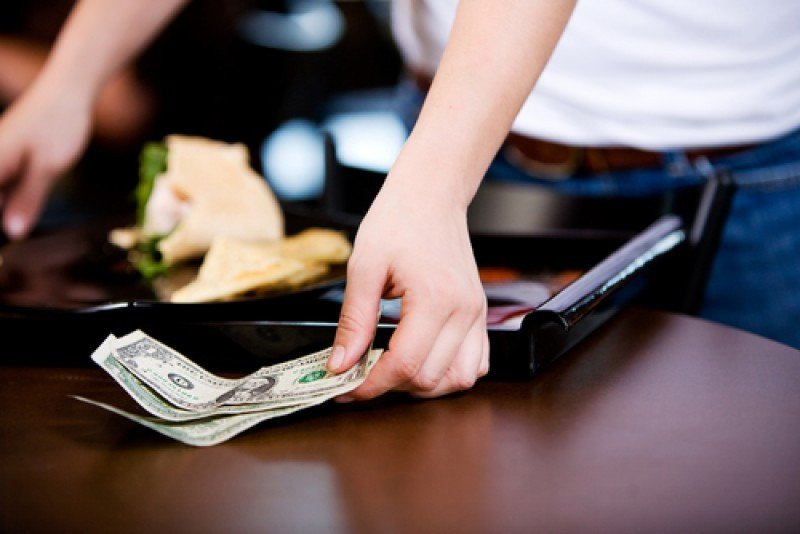 Las propinas en restaurantes de EEUU, en revisión. #shu#