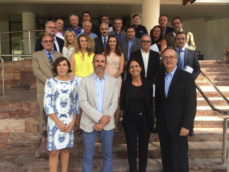 Encuentro de los miembros de la Asamble de la AHS con Biel Barceló celebrado en septiembre.