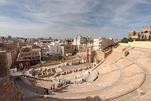 La Región de Murcia cuenta con interesantes atractivos para completar la oferta del turismo de negocios, como las construcciones romanas de Cartagena. #shu#