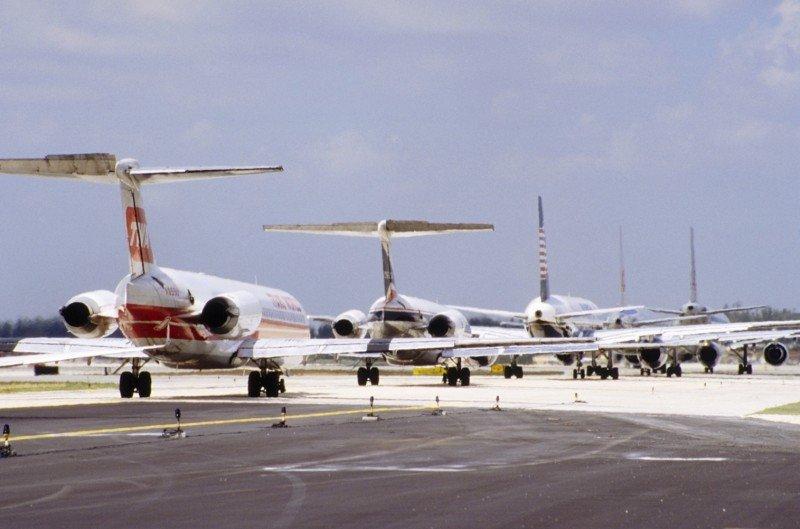 El sector aéreo español pasa de 84 aerolíneas en 2007 a 47 en la actualidad