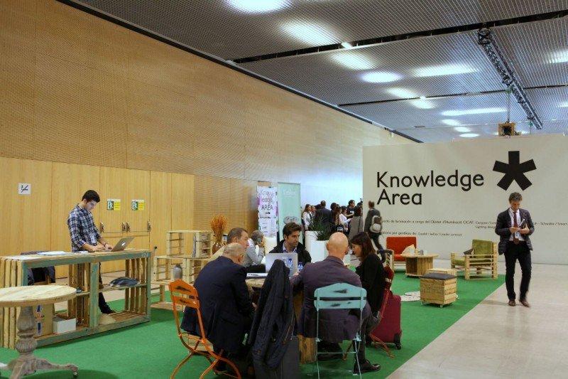 En el marco de InteriHOTEL, también se organizan actividades paralelas para el intercambio de conocimiento, entre ponencias y sesiones de networking profesional.