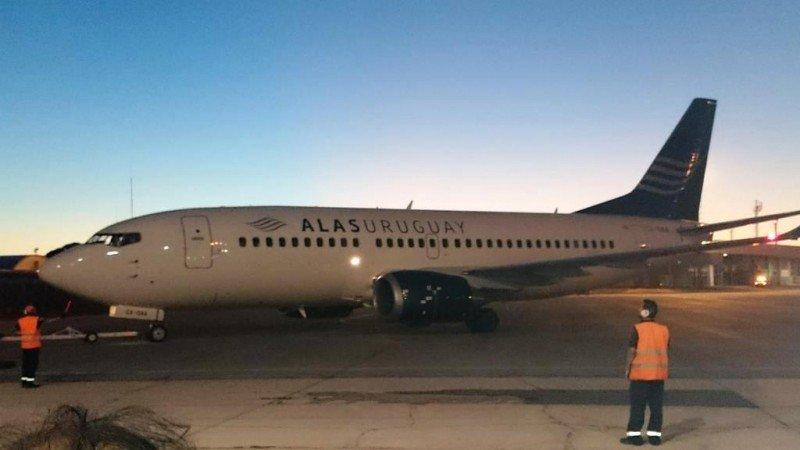 Alas Uruguay cancela vuelo de prueba a Chile por demoras 'administrativas'