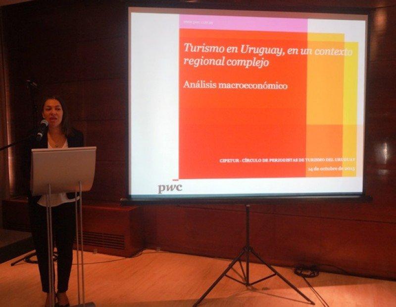 Exposición de la economista Mercedes Comas.