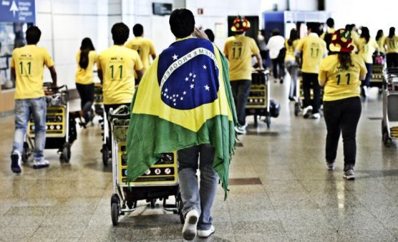 Agencias de viajes de Brasil podrán vender paquetes en reales hacia Argentina.