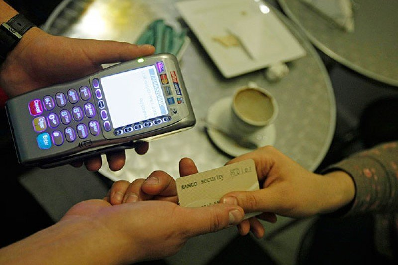 El gasto con tarjetas extranjeras fue de 400 millones de dólares en el tercer trimestre.