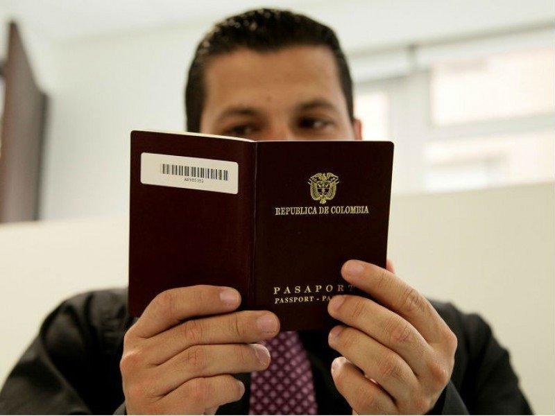 Colombia y Perú esperan un regalo especial de Navidad: la exención de visa europea
