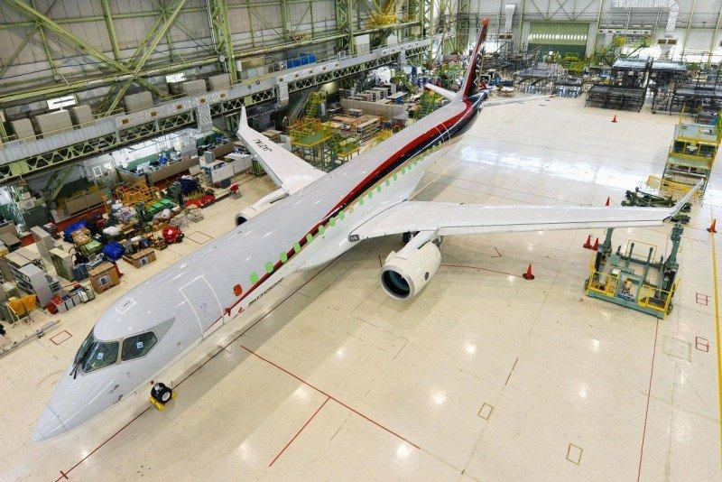 El primer avión comercial de Japón en 40 años completa su vuelo de prueba